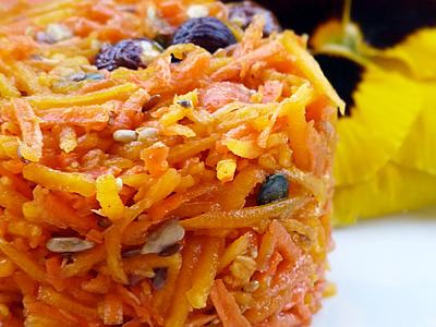 Salade d'automne au potimarron, chutney de mangue et vinaigre de vin au jus de framboise