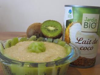 Tapioca au lait de coco et kiwi