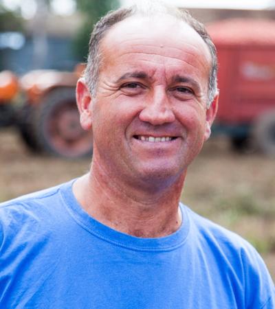 portrait agriculteur tomate italie