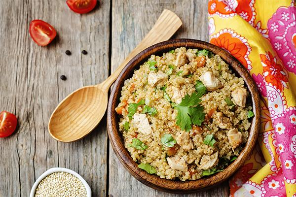 https://www.jardinbio.fr/wp-content/uploads/2019/05/lapin-pilaf-quinoa-f.png