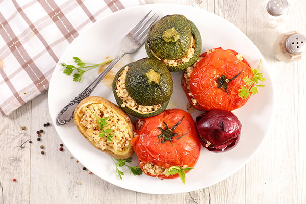 https://www.jardinbio.fr/wp-content/uploads/2019/05/legumes-farcis-vegetariens-f.png