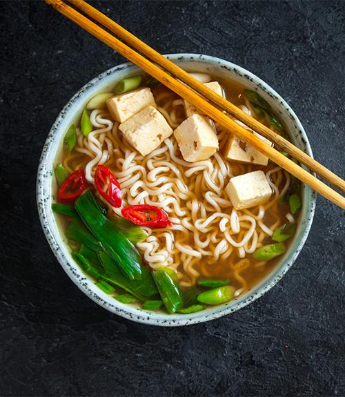 recommandation soupe épicée nouilles et au tofu