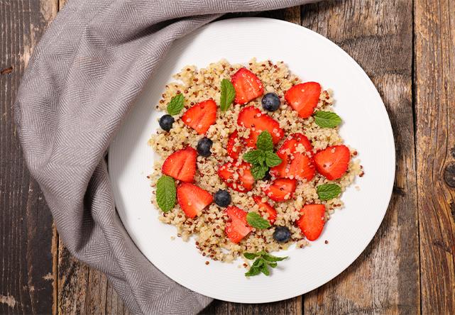 https://www.jardinbio.fr/wp-content/uploads/2019/05/taboule-quinoa-fraises-f.png