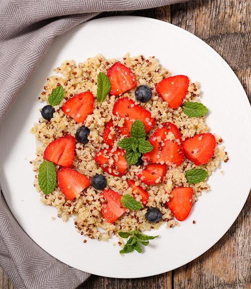 taboulé de quinoa royal aux fraises fenouil et fines herbes