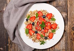taboulé quinoa royal aux fraises fenouil et fines herbes