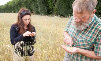 Alain, cultivateur de farine biscuitier pour Jardin BiO en Charente-Maritime